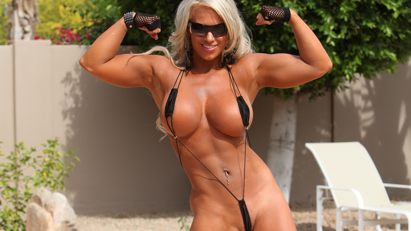 Naked fitness models over pics 13