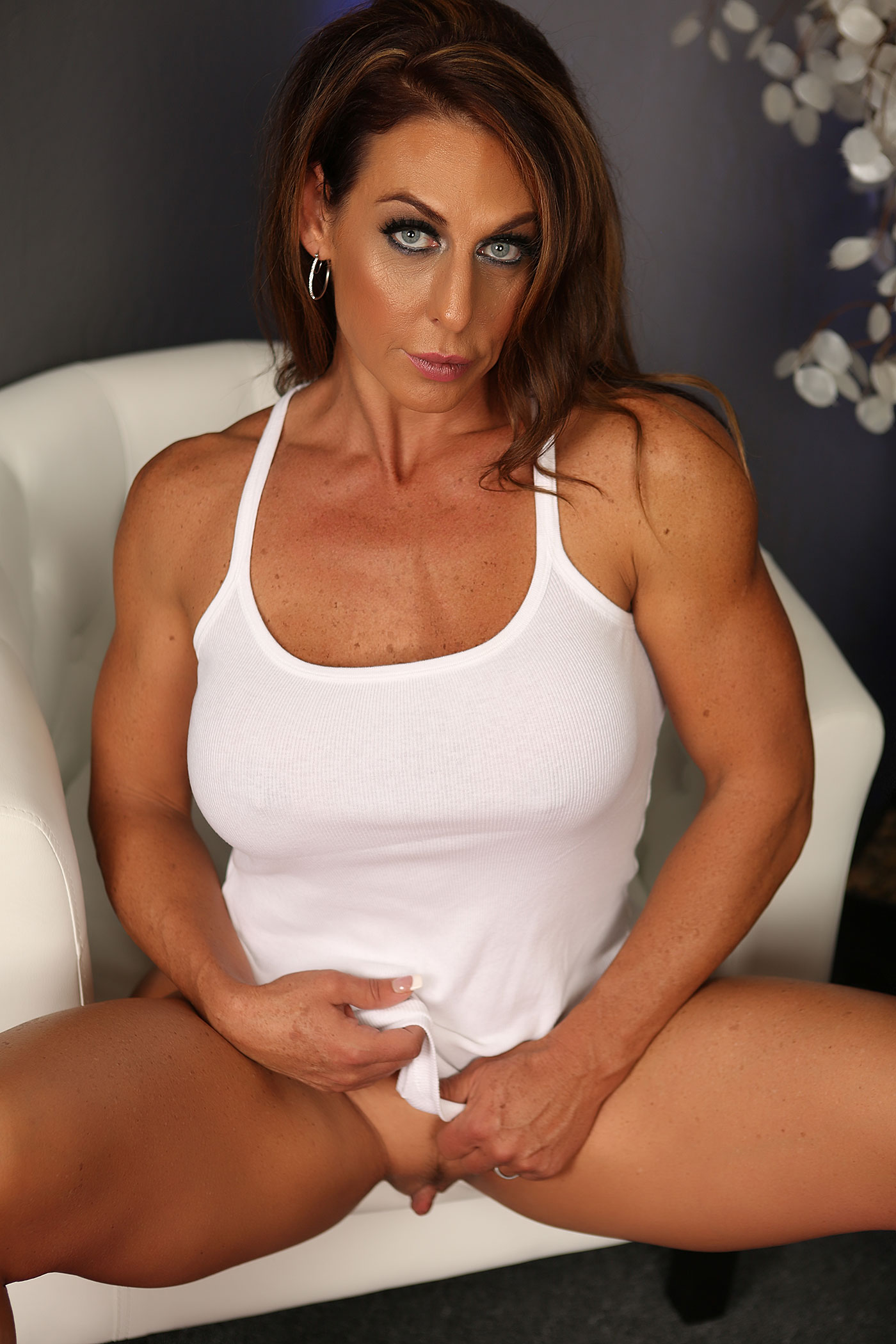 Ass female bodybuilder clit love the way