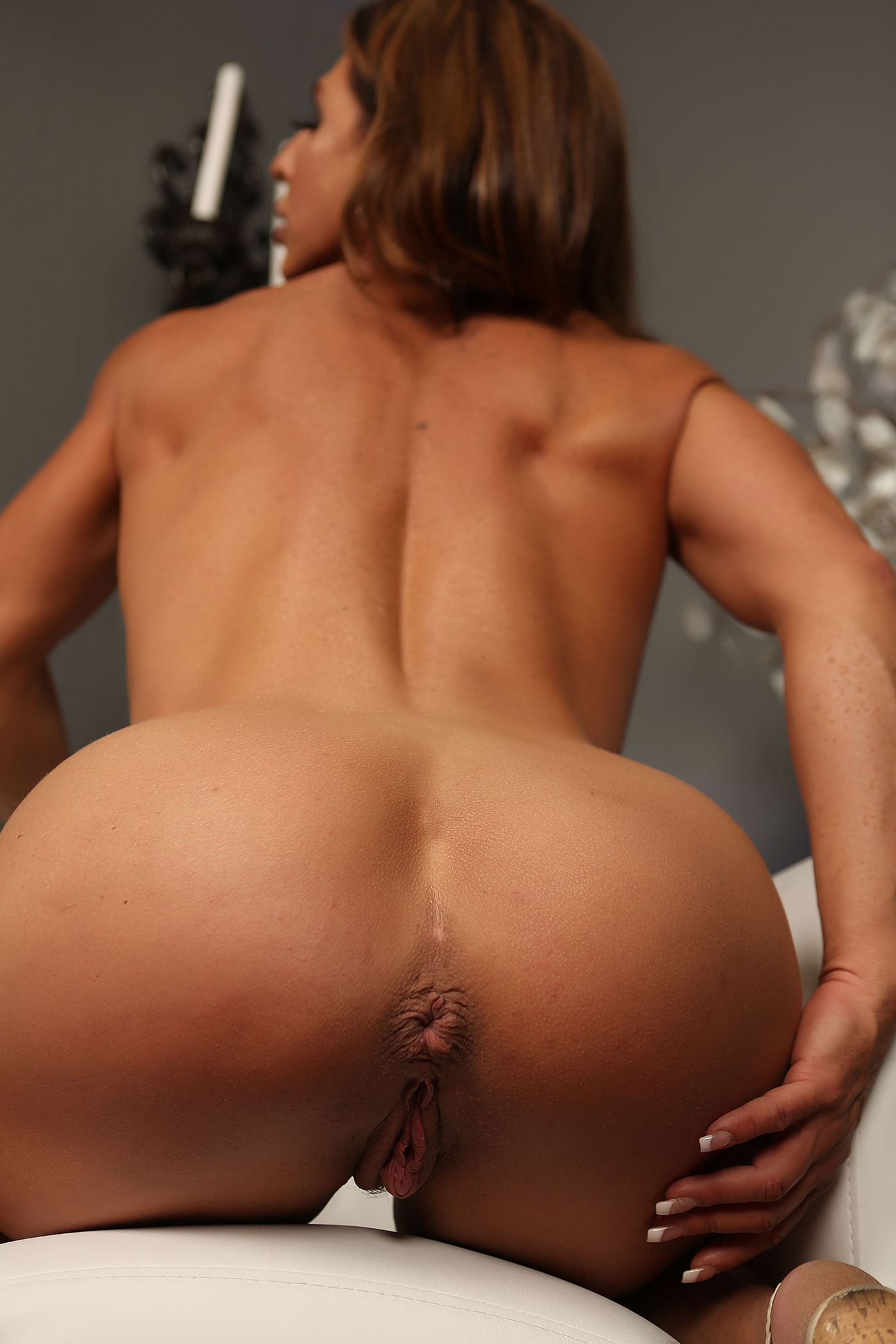 Busty milf female bodybuilder and bald guy have group sex 9