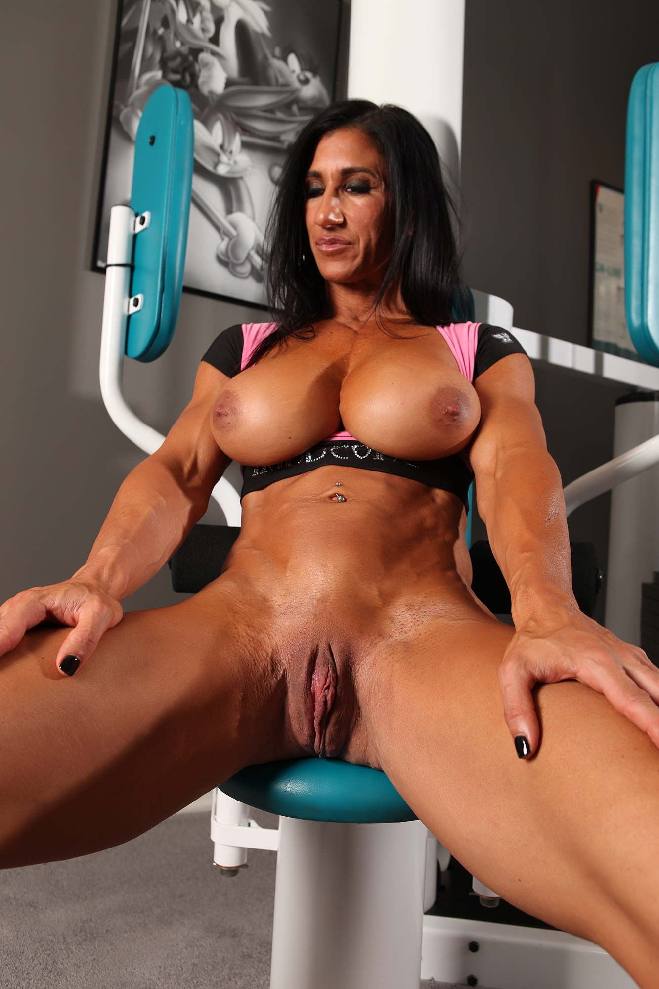 Angela salvagno and her big clit 7