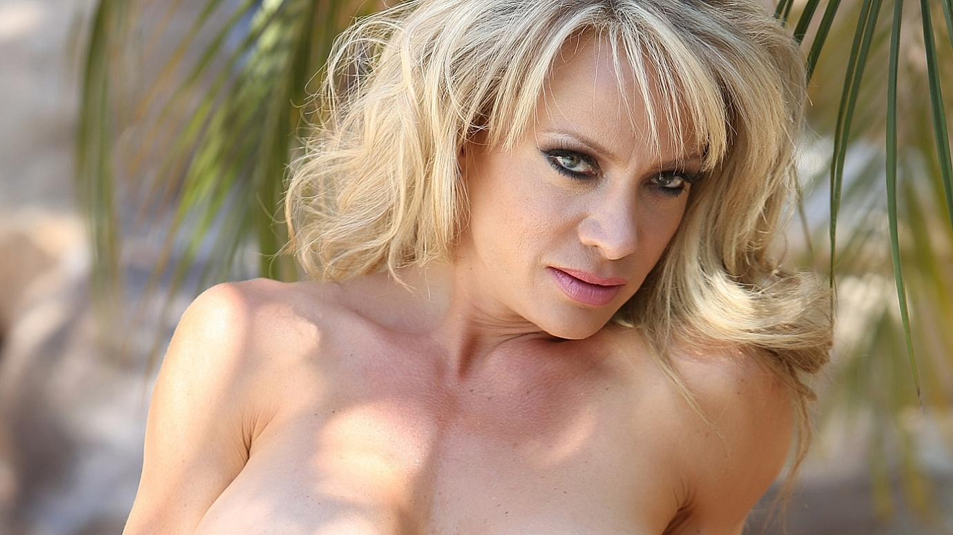 Busty milf devon loves bbc action 4