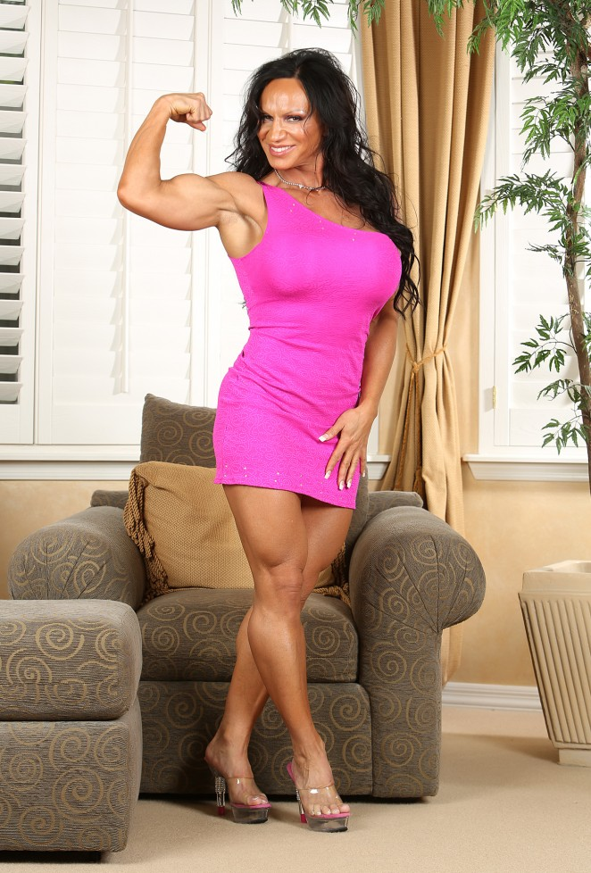 DD - Aziani Iron.com: is your source for Nude Female